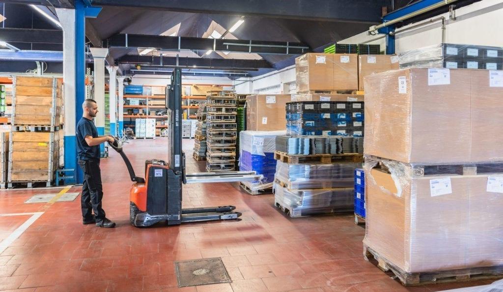 logistics operator